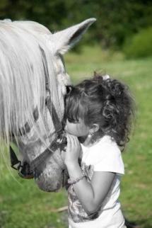 stella et son vieux cheval!! de l amour